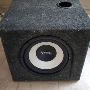 10 Inch Sub With Box And Amplifier for Sale in Stockton, CA