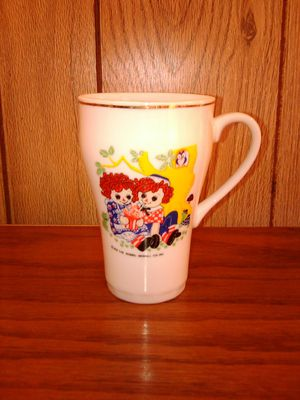 Raggedy Ann and Andy cup for Sale in Breckenridge, MI