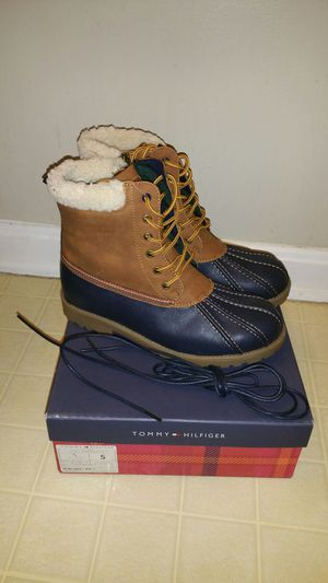 Tommy Hilfiger Women's Boots for Sale in Rockville, MD
