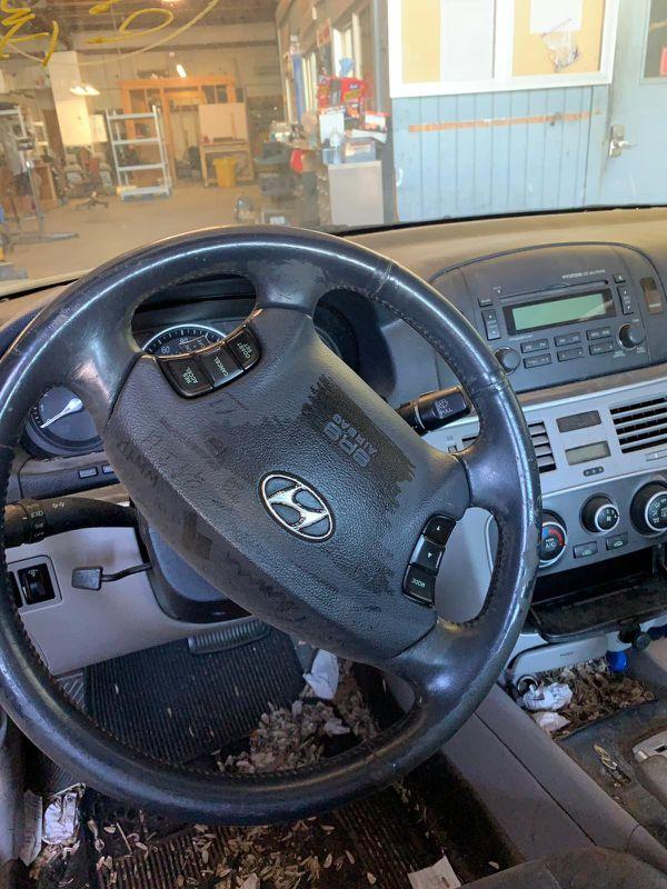 2006-2010 2009 2008 HYUNDAI SONATA Door Hood Bumper Trunk Headlight Tail light Mirror Engine Motor Transmission Seat Wheel Rim other parts