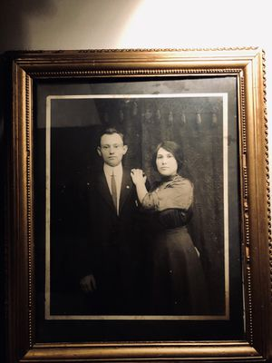 Unusual & captivating Antique Photograph of unknown couple for Sale in Las Vegas, NV