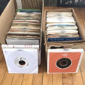 "7"" Vinyl Record Collection for Sale in Chicago, IL"
