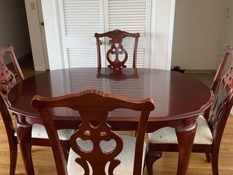 Dining Table and Chairs for Sale in Normandy Park,  WA