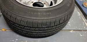 Nissan tires, Goodyear 195/65R15 for Sale in Las Vegas, NV