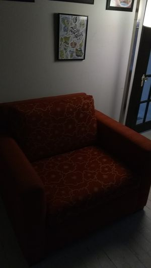 Sofa bed plus ottoman twin good quality for Sale in Cleveland, OH