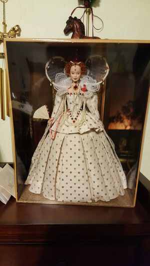 Barbie queen Elizabeth rare perfect barbie for Sale in Las Vegas, NV