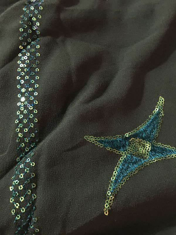 Scarf Unique Green color long. With sparkles
