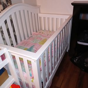 Crib for Sale in Annandale, VA