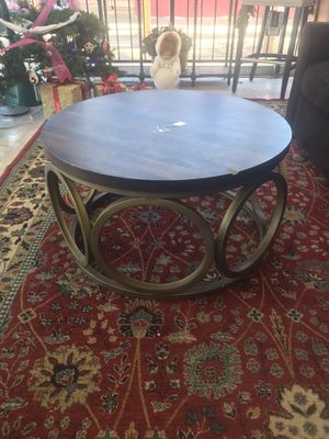 Coffee table for Sale in Oklahoma City, OK