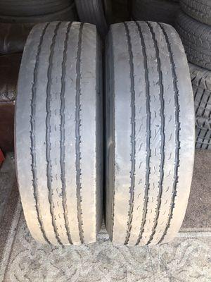 295/80/22.5 same as 11r22.5 original Regrooved tire for Sale in Riverside, CA
