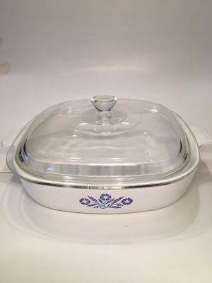 Corning Ware Blue Cornflower 9 inch Casserole Backing Pan P-9-B With Lid for Sale in Kissimmee, FL