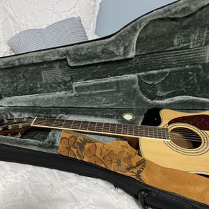 Fender Acoustic Guitar- DH200SCE for Sale in Blue Point, NY