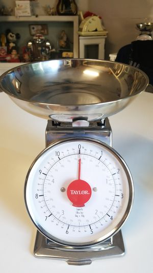 Retro Collectible Kitchen Scale Taylor Excellent condition for Sale in Ontario, CA