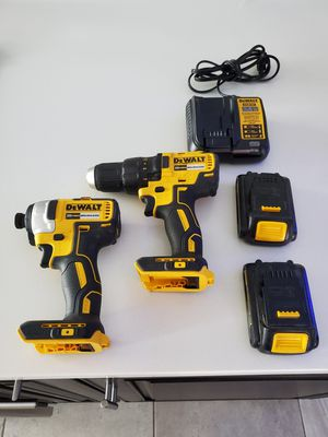 New Dewalt drill impact 2 batteries and charger for Sale in Tamarac, FL