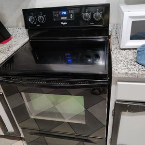 Whirlpool Stove for Sale in San Antonio, TX