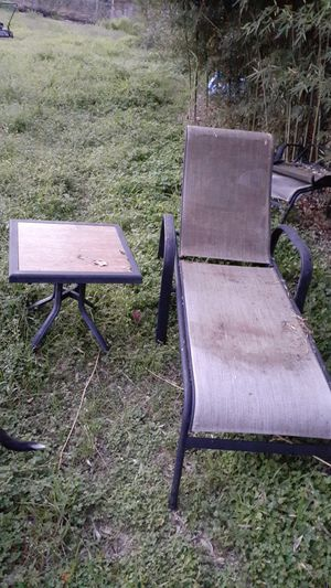 Patio Chair and Table for Sale in Fort Worth, TX
