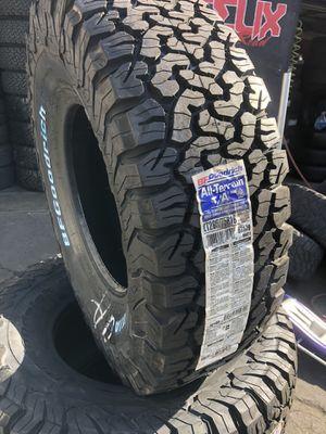 265/75/16 BFGoodRich ko2 all terrain (4 for $699) for Sale in Downey, CA