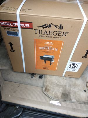 Traeger tailgater 20 for Sale in Tacoma, WA