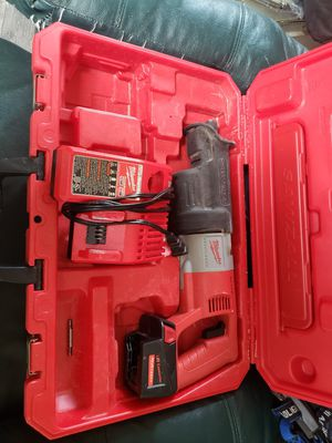 Cordless Milwaukee saw saw for Sale in Whittier, CA