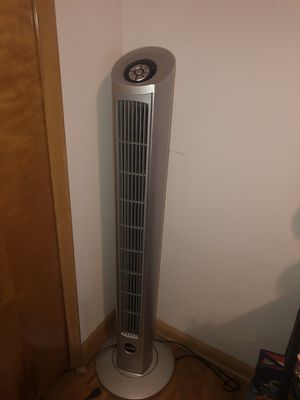 Lasko tower fan for Sale in Cleveland, OH