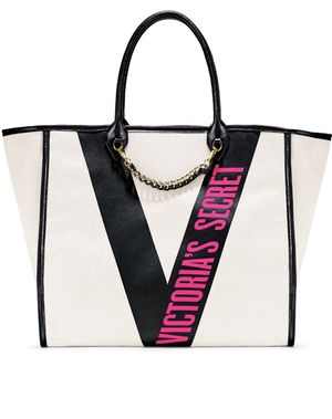 Stylish Victoria Secret Tote for Sale in Washington, DC