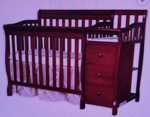 4in1 convertable crib and changer in Cherry for Sale in Pembroke Pines, FL