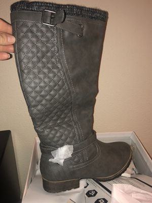 *Brand New* in box Women's Boots Size 9 for Sale in Lake Oswego, OR