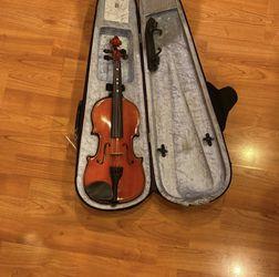 Violin Size 1/2 for Sale in Beavercreek,  OR