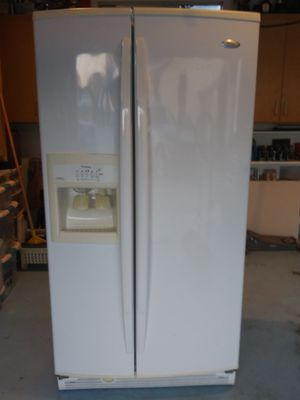 Whirlpool Gold refrigerator/freezer for Sale in National City, CA