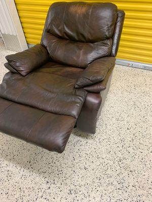 Authentic Leather Recliner for Sale in Lawrenceville, GA