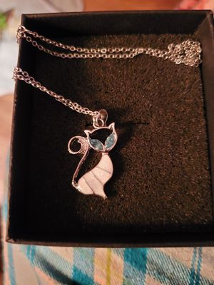 New Silver Plated Moonstone and Crystal Necklace for Sale in Memphis, TN