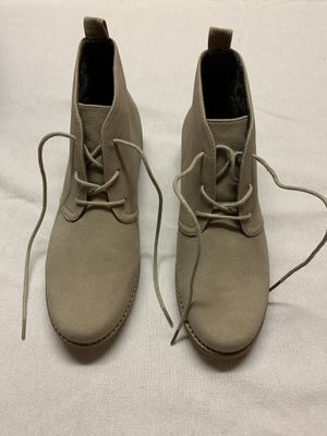 White mountain boots for Sale in Bloomington, IL