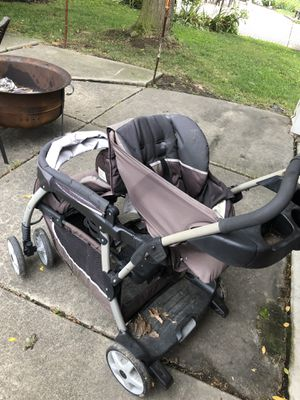 Double stroller for Sale in Dearborn Heights, MI