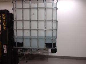 275 gallon caged water tank with spout. for Sale in Melbourne, FL