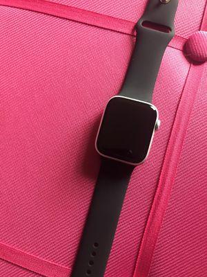 Brand new Silver Apple Watch series 5 for Sale in Glendora, NJ