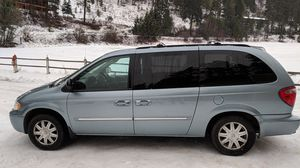 2006 Chrysler Town and Country club Minivan for Sale in Cashmere, WA