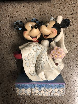 Disney showcase Mickey and Minnie figure for Sale in Happy Valley, OR