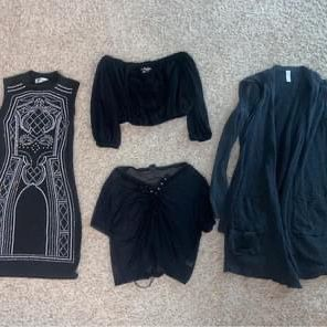 4 Items For $20 - Size Small for Sale in Aurora, CO