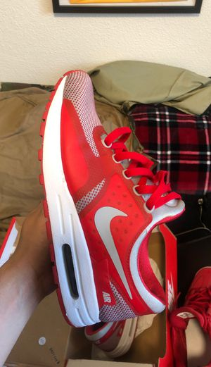 SIZE 7 NIKE for Sale in San Jose, CA