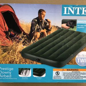 intex air mattress full size and twin size for Sale in Lynnwood, WA