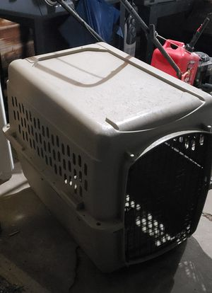 Large dog crate for Sale in Hamilton, OH