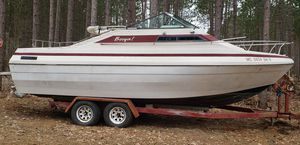 PARTS ONLY PERMANENT LAND MARK NOW 1997 Bay liner capri cabin cruiser for Sale in Mancelona, MI