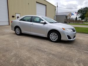 2012 Toyota Camry Le model for Sale in Kenner, LA