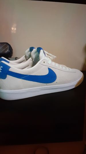 Nike shoes size 11 for Sale in Glendale, CA