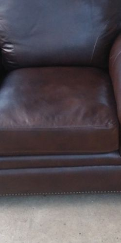 Leather Like Chair for Sale in Milwaukie,  OR