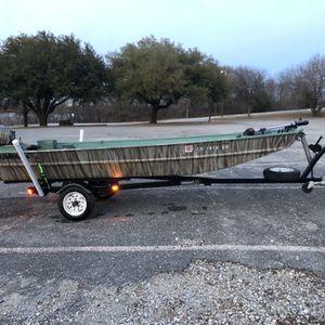 Grumman and 2003 Yamaha outboard Grumman Jon Boat 15 hp Yamaha for Sale in Richardson, TX