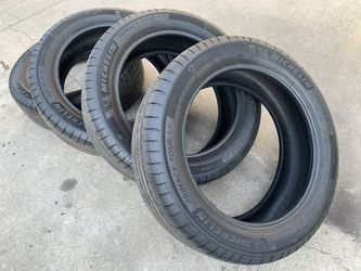 235/55R20 Tires 235 55 20 RX350 Murano SRX XT5 Pathfinder for Sale in Rio Linda,  CA