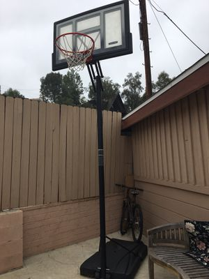 Basketball Hoop for Sale in Woodland Hills, CA