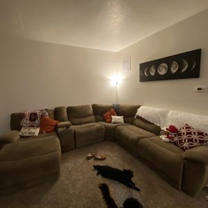 5 Piece Sectional for Sale in Beaverton, OR