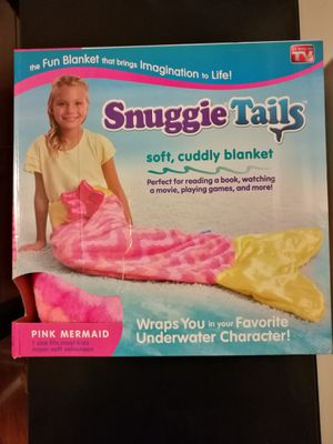 Brand new Snuggie Tails pink Mermaid tail for Sale in Temple City, CA